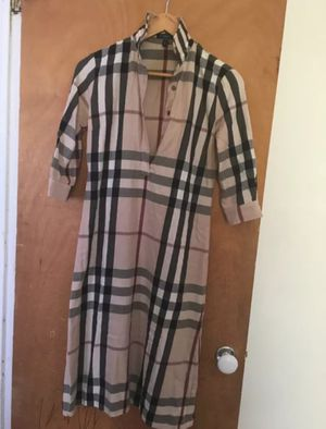 Never Worn! Ladies Burberry dress for Sale in New York, NY