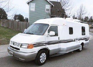 Original miles clean1999 Winnebago rialta 22F for Sale in New York,  NY