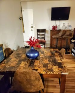 Kitchen Table With Matching BAR for Sale in Hyattsville,  MD