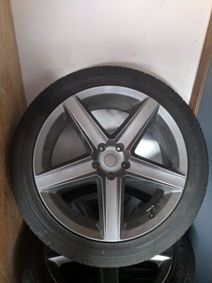 22 inch Dodge /Jeep Wheels with Pirelli tires for Sale in Macomb, MI