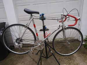 Lotus 10 speed road bike 59 cm for Sale in Cleveland, OH