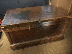 Vintage Tool Wood Box Storage with two trays for Sale in Woodlawn, MD