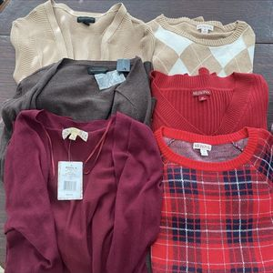 Lot of Women's Sweaters and Cardigans for Sale in Seminole, FL