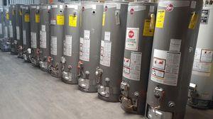 Calentador de agua buenas condiciones 👌 for Sale in Redlands, CA