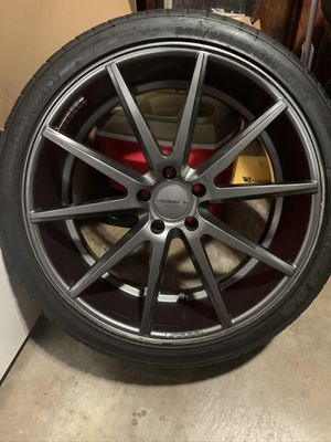 Vossen 22inch staggered wheels and tires for Sale in Union City, CA