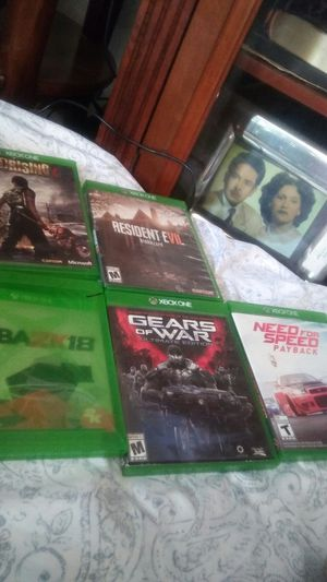 Xbox one games 5 games en Buena condision for Sale in Santa Ana, CA