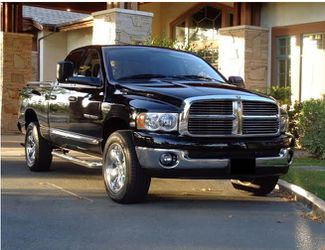 Very clean 2005 Dodge Ram AWDWheels.cvcv for Sale in Tampa,  FL