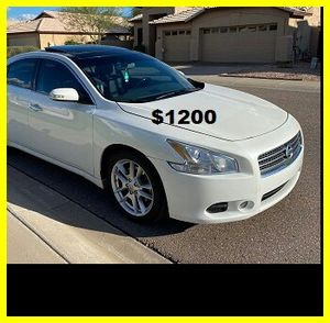Price$12OO 2OO9 Nissan Maxima for Sale in Richmond, VA