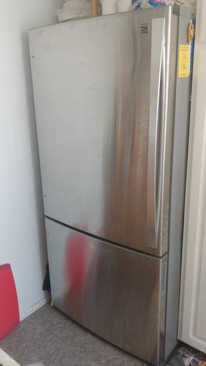 Kenmore Elite 24.1 cu. ft. Bottom-Freezer Refrigerator - Stainless Steel for Sale in Santa Monica, CA