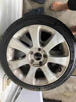 215/45/17. I have 4 of this rims for Sale in Cornelius, NC