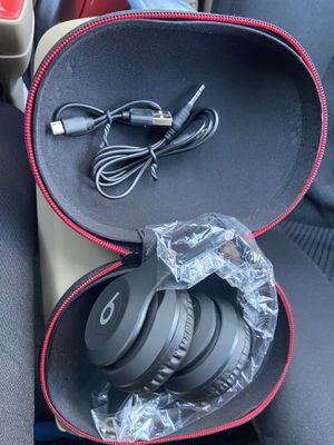 Beats Solo3 Wireless On-Ear Headphones for Sale in Chicago, IL