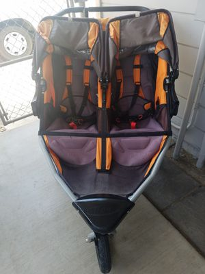BOB double stroller for Sale in Stockton, CA
