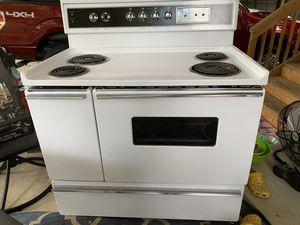 KENMORE Stove / Oven for Sale in Roanoke, VA