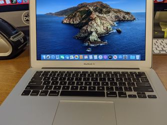 MacBook Air 13 Mid 2014 i5 8gb 128gb SSD for Sale in Littleton,  CO