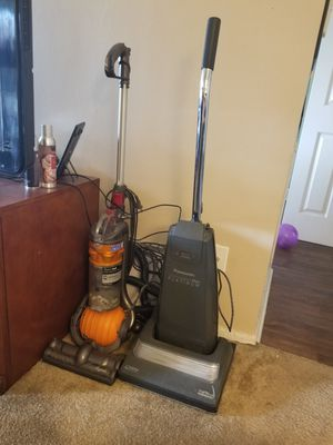2 Vaccums for Sale for Sale in Fountain Valley, CA