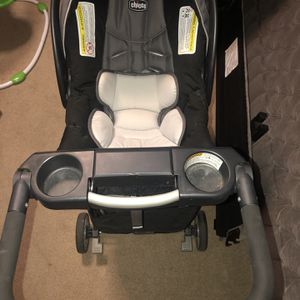 Chicco Key Fit Car seat And Stroller for Sale in Aurora, CO