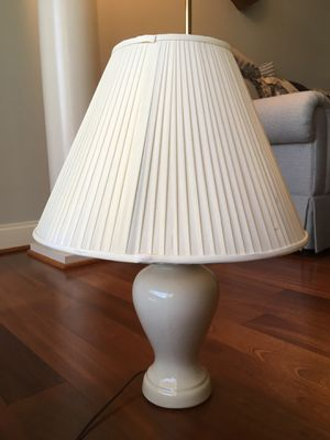 Ceramic table lamp. for Sale in Ellicott City, MD