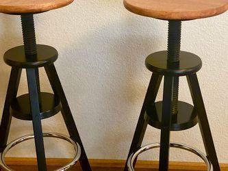Adjustable Bar Stools for Sale in Lynnwood,  WA