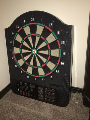 Dartboard - does not work; for looks only. You might be able to fix. May have darts to add later (+$5) for Sale in Derby, KS