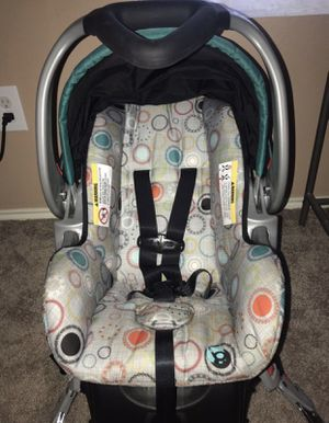 Car seat and matching stroller for Sale in Fort Worth, TX