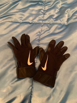 Leather softball gloves small for Sale in Riverview, FL