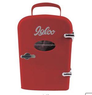 Mini Reto Igloo fridge for Sale in Houston, TX