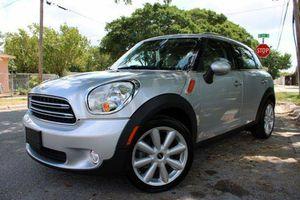 2011 MINI COUNTRYMAN for Sale in Miami, FL