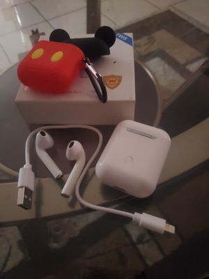 Airpods!brandnew askin 20! for Sale in Fontana, CA