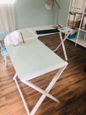 L shaped desk for Sale in DEVORE HGHTS, CA