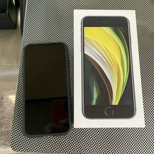 Apple iPhone SE 2020 Unlocked for Sale in Glendale, CA