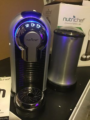 Nutrichef espresso & coffee machine cappuccino maker with milk frother uses coffee capsules pods instant heating 3 brewing sizes open box brand for Sale in Las Vegas, NV