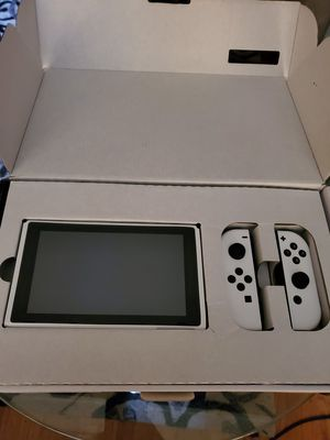 White Nintendo switch for Sale in Norwich, CT