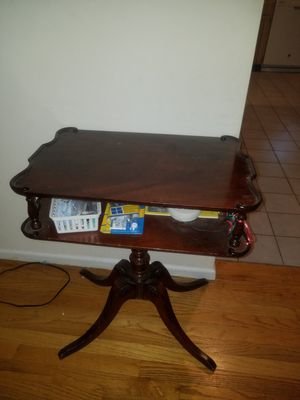 Antique Oak Mahogany Carved Pedestal Table for Sale in Plandome, NY