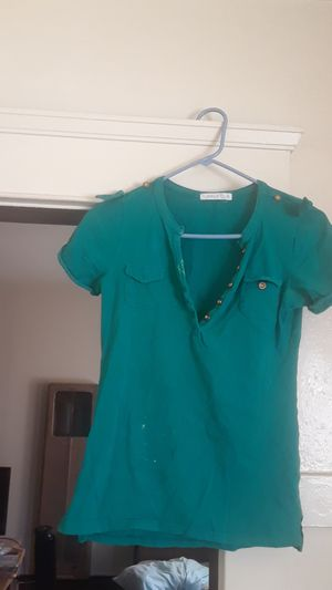 *FREE * Level Up- Women Green Short Sleeve Shirt Size XL for Sale in Long Beach, CA