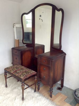 Antique Vanity on Casters with Mirror and Chair for Sale in Garden Grove, CA