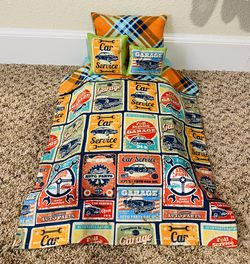 """New Car Service American Girl Sized 4 Piece Doll BEDDING to fit an 18"""" sized doll. This bedding set comes with the 3 pillows shown and the blanket. #A for Sale in Colorado Springs,  CO"""