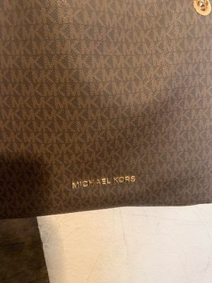 Authentic Mk purse & Wallet for Sale in Fresno, CA