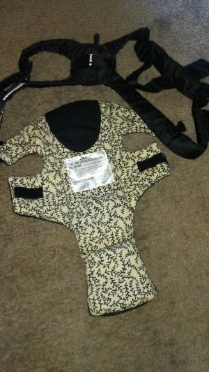 Infantino Baby carrier for Sale in Las Vegas, NV