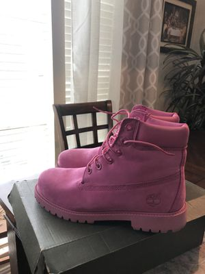 Timberland pink boots for woman size 7 for Sale in Manvel, TX