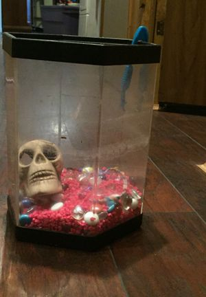 Fish tank for Sale in Nicholasville, KY