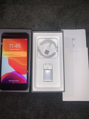 iPhone 8 Plus 64GB UNLOCKED TO ALL CARRIERS for Sale in Garland, TX