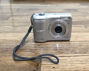 Olympus camera with carrying case and memory card for Sale in Dallas, TX