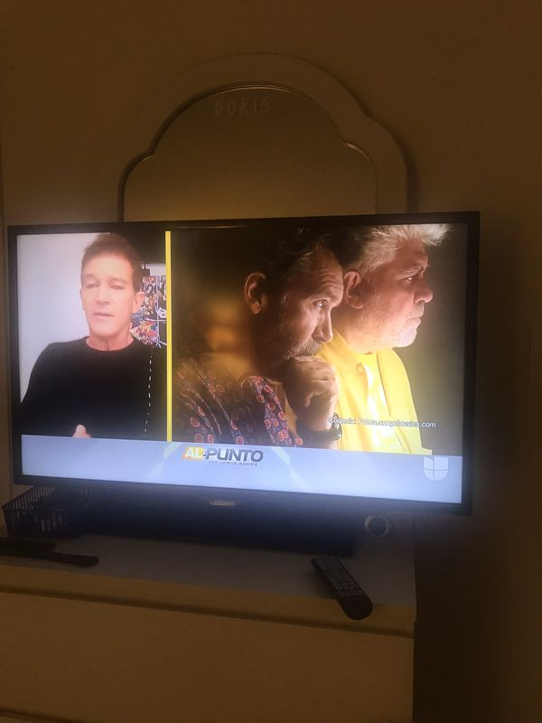 Tv Samsung 40 inches not smart