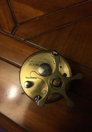 Calcutta 200b fishing reel for Sale in Uvalde, TX