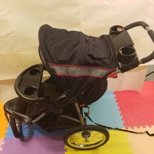 Baby trend stroller for Sale in Trenton, NJ
