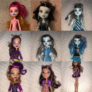 17 Monster High Dolls and one horse for Sale in West Springfield, VA