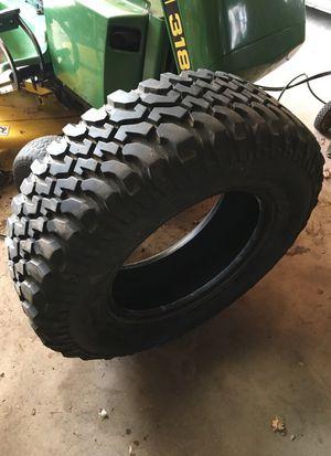 BFGoidrich LT255/75R 17 Mud Tire for Sale in Brainerd, MN