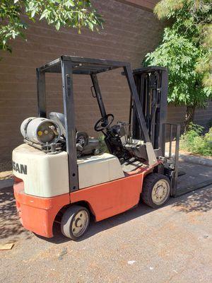 Nissan Forklift 5k Capacity Side Shift 3 Stage for Sale in Phoenix, AZ