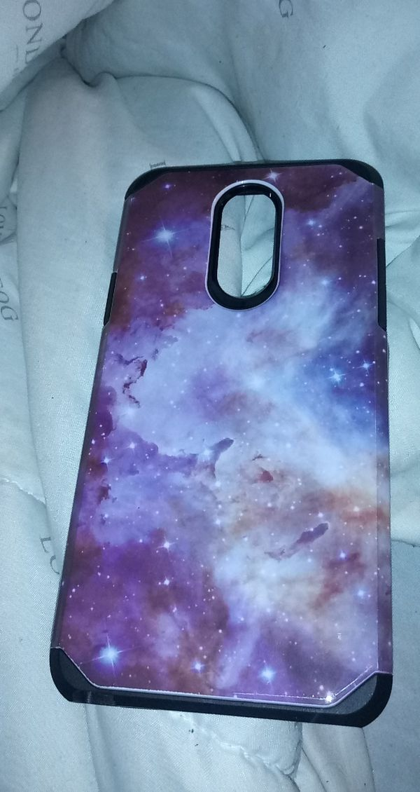 Lg stylo 4 phone brandon new tiny crack on side of screen but works perfect