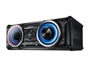 Giga Sound Samsung Bluetooth Stereo System 2500 watts for $1,000 for Sale in Wayne, MI